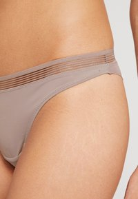 Esprit - GLADSTONE BRAZILIAN HIPSTER BRIEF - Underbukse - light taupe - 4