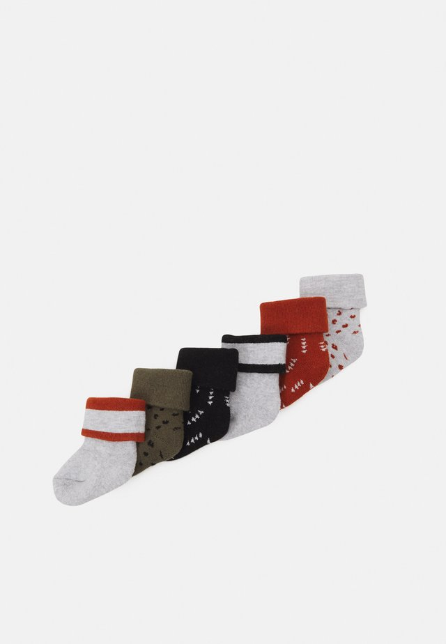 GRAPHIC 6 PACK - Calze - black/white/red