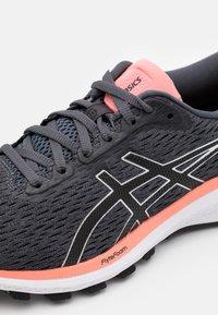 ASICS - Stabilty running shoes - carrier grey/black - 5