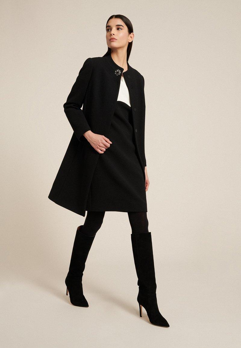 Luisa Spagnoli - STELLATO - Classic coat - nero