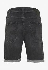 Jack & Jones - JJIRICK JJORIGINAL  - Denim shorts - black denim - 1