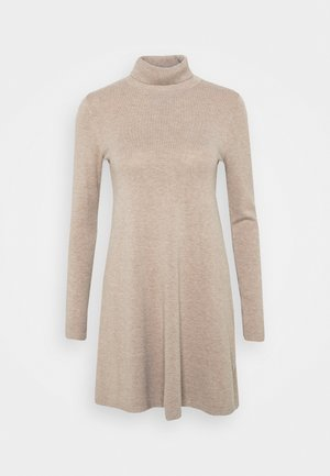 VMHAPPINESS ROLLNECK DRESS - Robe pull - tobacco brown