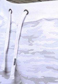 Alpha Industries - FIT PANT - Jogginghose - white - 3