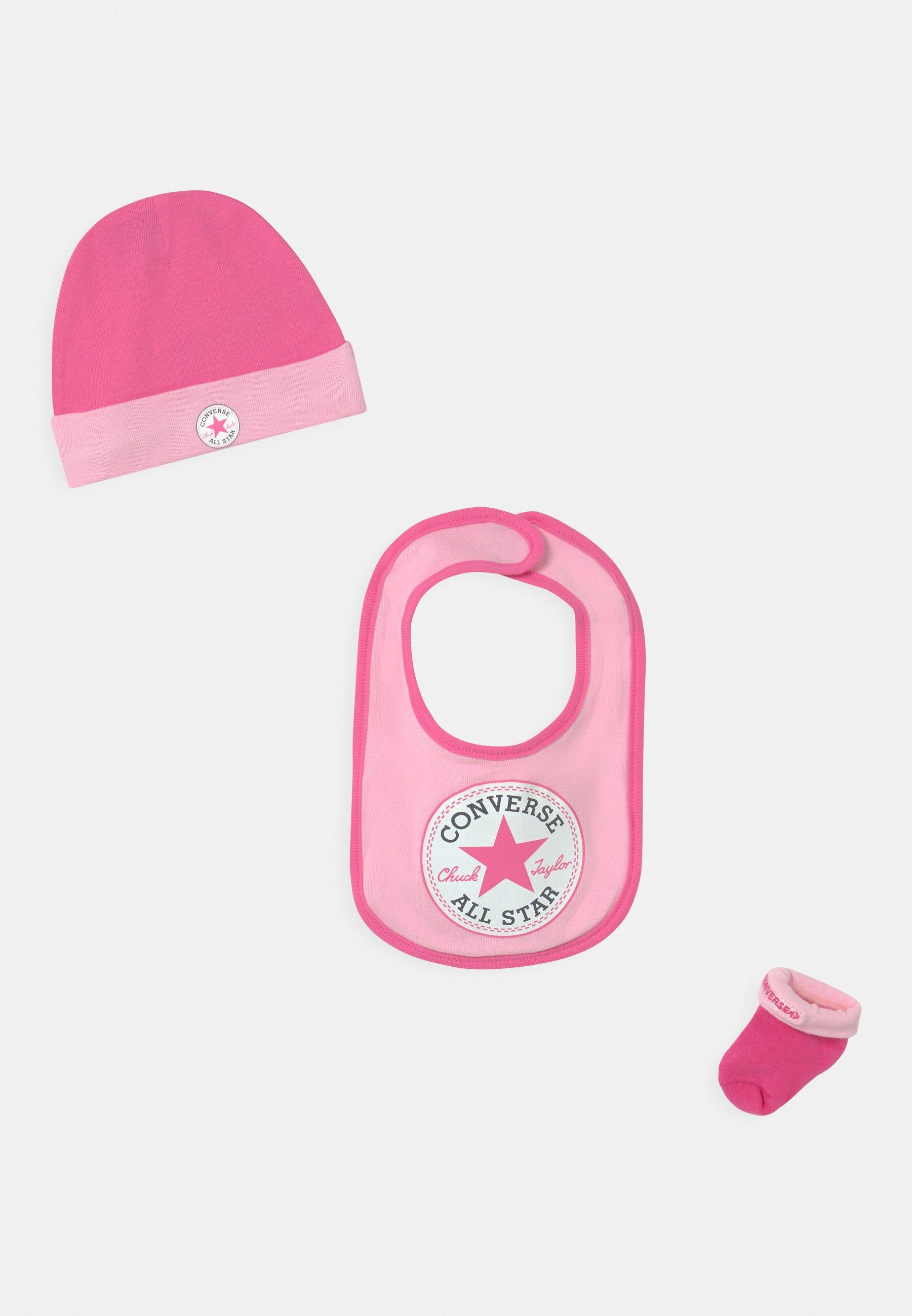 Kinder CHUCK INFANT HAT BIB BOOTIE SET - Mütze