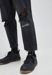 PULL&BEAR - Jeans baggy - black - 5