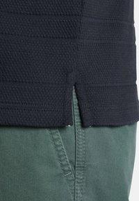 Charles Colby - GARMOND - Polo shirt - dark blue - 3