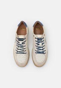 Blauer - Sneakers basse - white/navy - 3