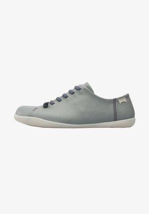 PEU CAMI - Trainers - grey