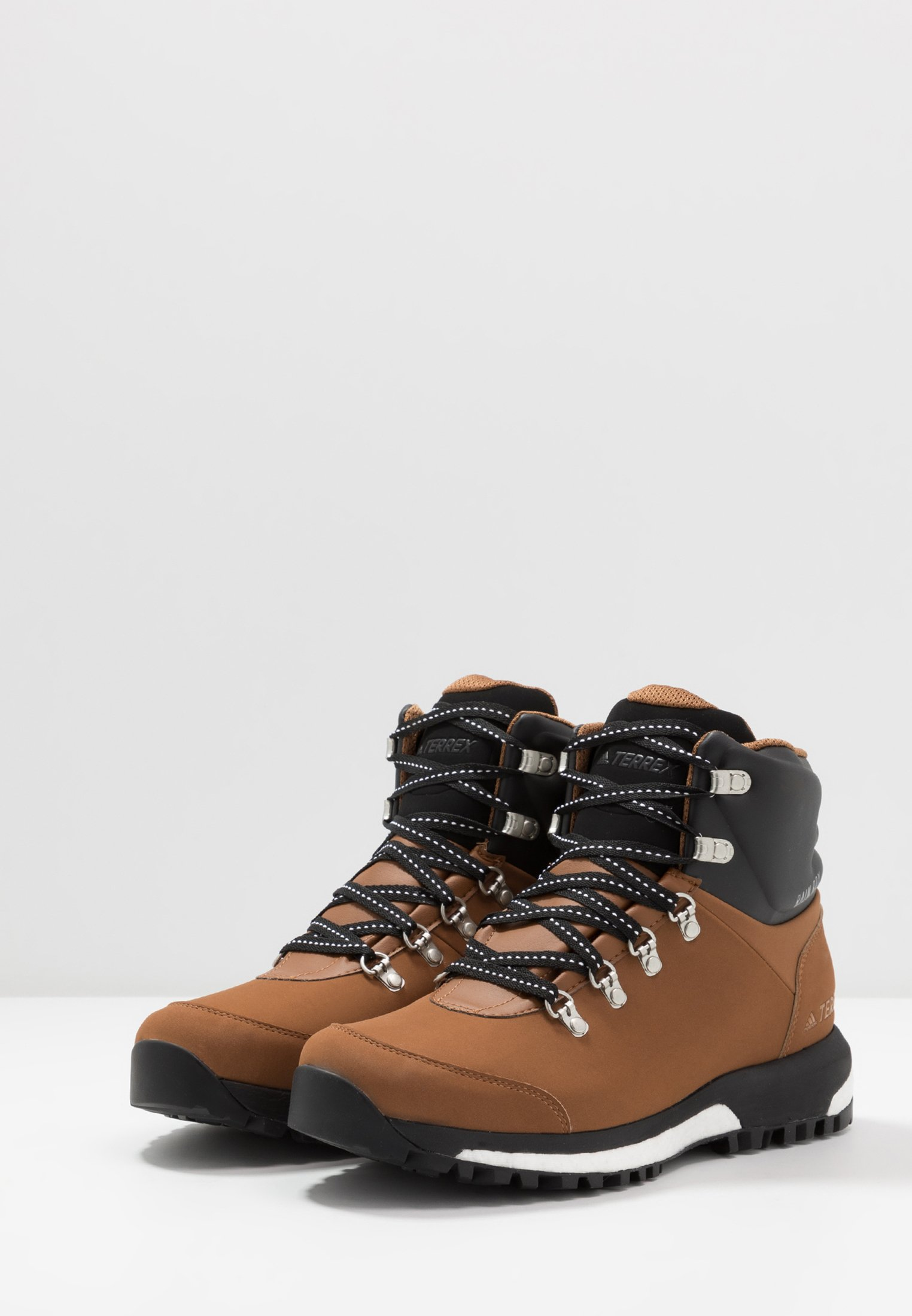 TERREX PATHMAKER CLIMAPROOF HIKING SHOES Hikingschuh raw desertcore blackfootwear white