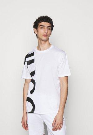 DAWS - Print T-shirt - white