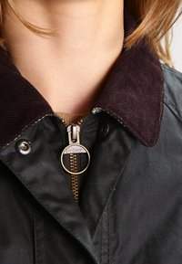 Barbour - BEADNELL WAX JACKET - Waterproof jacket - sage - 3