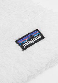 Patagonia - BABY FRIENDS  - Mössa - birch white - 2