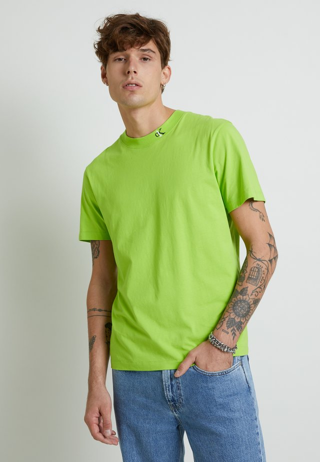 MONOGRAM TEE UNISEX - Print T-shirt - lime green