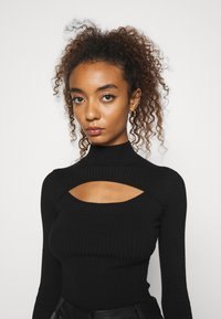 Even&Odd - CUT OUT JUMPER - Jersey de punto - black - 4