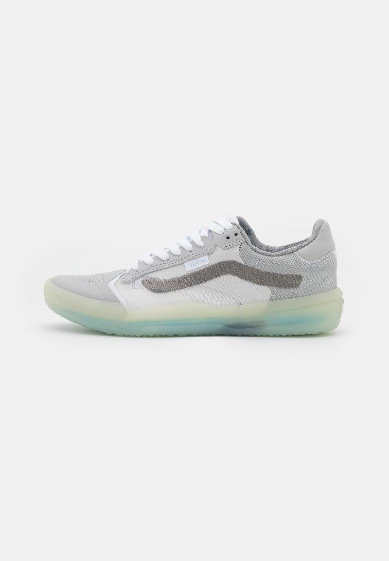 Vans - UA EVDNT ULTIMATEWAFFLE UNISEX - Sneakers laag - grey/multicolor