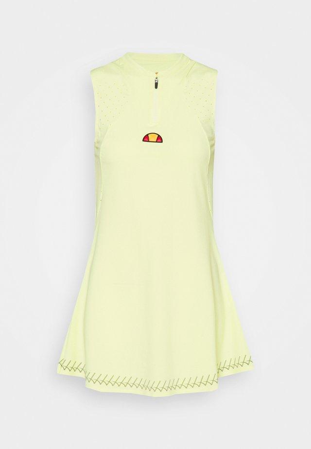 PINAR DRESS - Jurken - light green