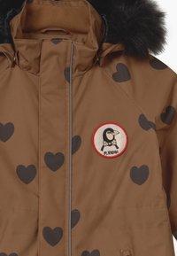 Mini Rodini - KEBNEKAISE HEARTS - Snowsuit - brown - 5