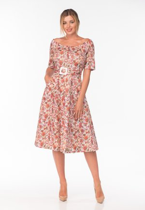 FLORENCE - Day dress - red print