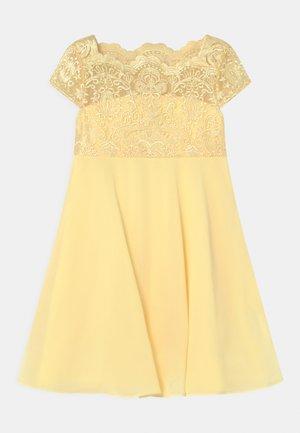 GEORGINA DRESS - Koktejlové šaty/ šaty na párty - lemon
