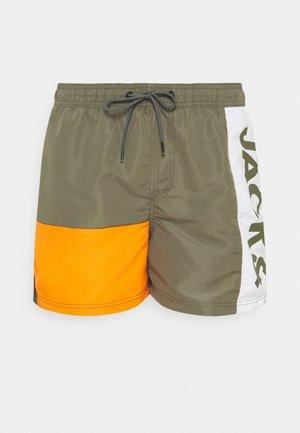 JJIBALI JJSWIMSHORTS LOGO - Swimming shorts - dusty olive