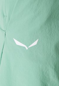 Salewa - LAVAREDO SHORTS - Korte sportsbukser - feldspar green - 2