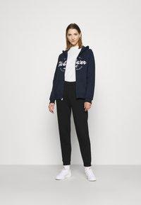 Hollister Co. - TECH CORE - Zip-up hoodie - navy - 1