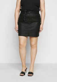 Missguided Plus - COATED PAPERBAG WAIST SKIRT - Mini skirt - black - 0