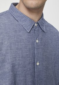 PULL&BEAR - Chemise - light-blue denim - 5