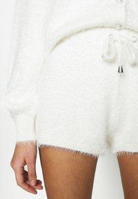 River Island - Shorts - cream/ivory - 5