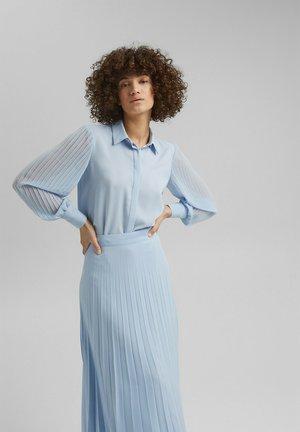 Button-down blouse - pastel blue