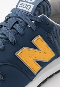 New Balance - GM500 - Sneakersy niskie - navy - 5