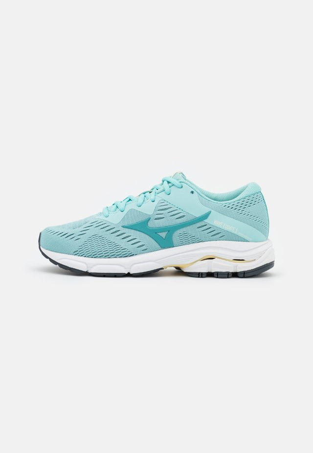 WAVE EQUATE 5 - Løbesko stabilitet - eggshell blue/dusty turquoise/pastel yellow