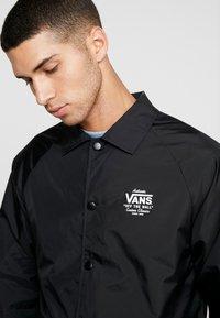 Vans - TORREY - Summer jacket - black/white - 5