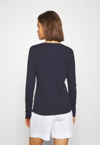 Tommy Jeans - V NECK LONGSLEEVE - T-shirt à manches longues - twilight navy - 2