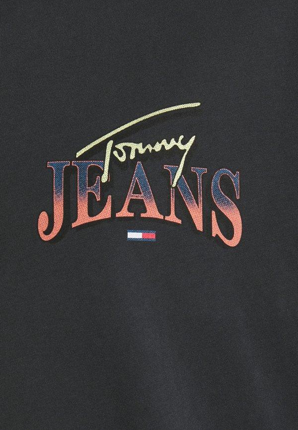 Tommy Jeans Plus DIAMOND BACK LOGO TEE - T-shirt z nadrukiem - black/antracytowy Odzież Męska PHVX