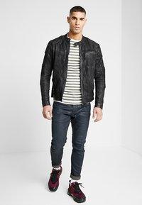 G-Star - D-STAQ 3D SLIM - Slim fit jeans - elto superstretch - dk aged waxed cobler - 1