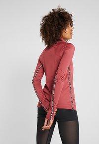 Nike Performance - Funktionsshirt - cedar/red bronze - 2