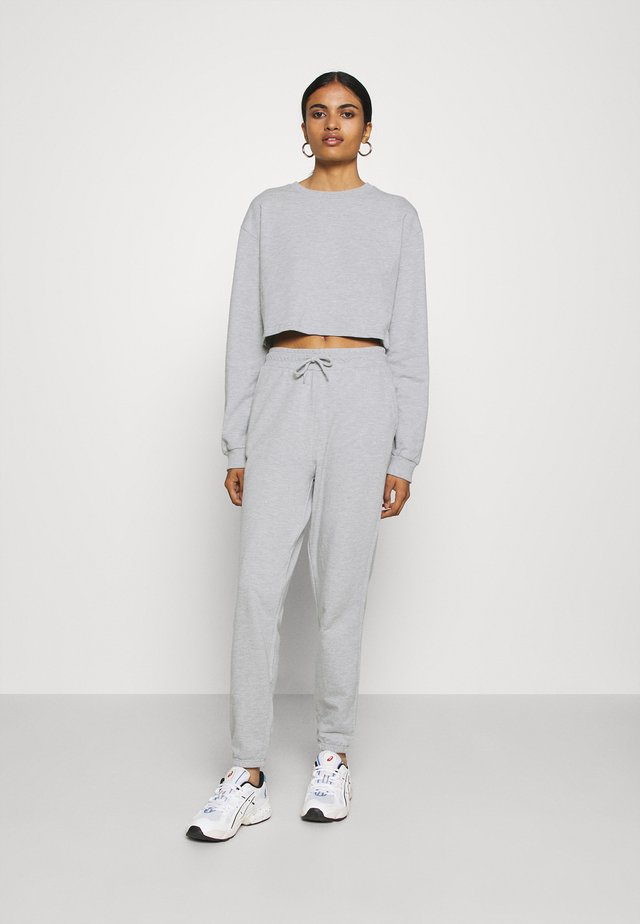 SWEAT SET CROPPED SWEATSHIRT & LOOSE JOGGER - Bluza - mottled light grey