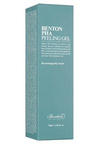 Benton - PHA PEELING GEL  - Face scrub - - - 2