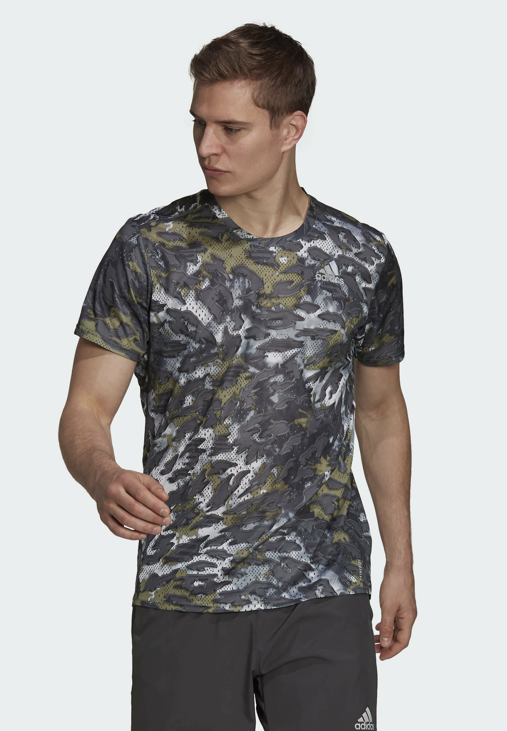 Men FAST GRAPHIC PRIMEBLUE - Print T-shirt