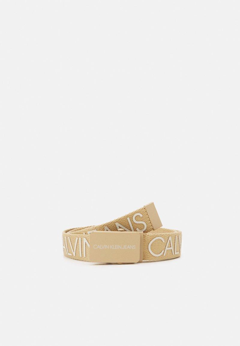 Calvin Klein Jeans - LOGO BELT UNISEX - Ceinture - beige
