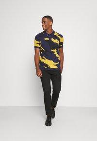 Lyle & Scott - ABSTRACT  - Polo shirt - navy - 1