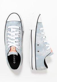 Converse - CHUCK TAYLOR ALL STAR - Tenisky - white/black - 1