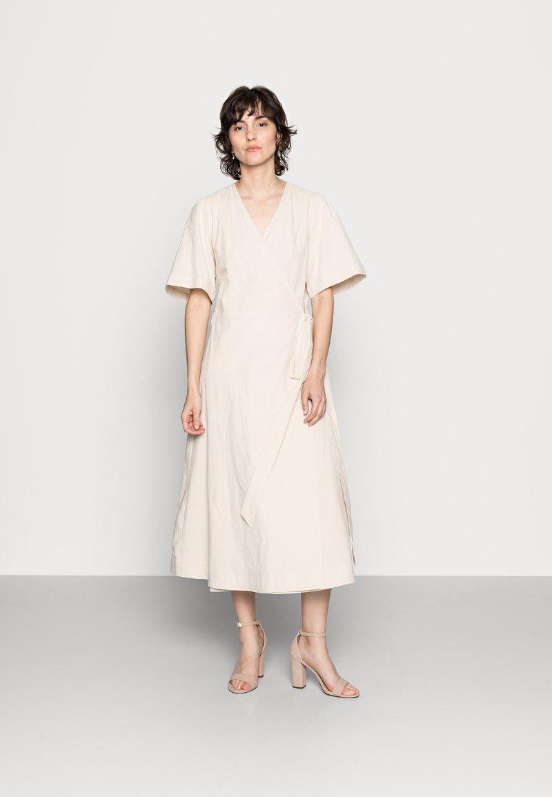 Part Two - IVAPW - Day dress - whitecap gray