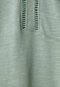 Esprit - TEE LADDER - Print T-shirt - turquoise - 2