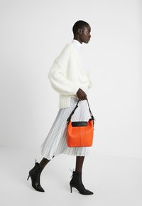 L. CREDI - EMERY - Handbag - orange - 1