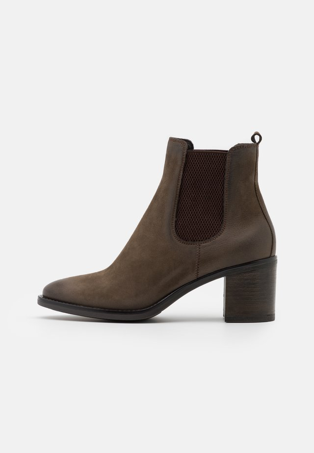 LEATHER - Ankle boots - green