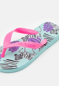 Havaianas - FASHION PINK FLUX - Pool shoes - sky blue - 5