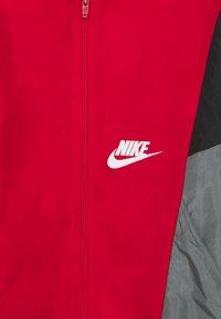 Nike Sportswear - JACKET - Lehká bunda - university red/black/smoke grey/white - 2