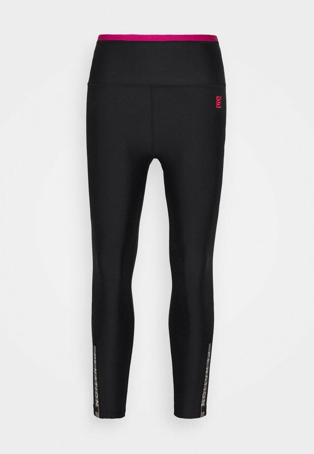 STEADY RUN LEGGING - Leggings - black